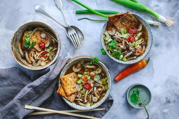 سوپ ماکارونی و قارچ