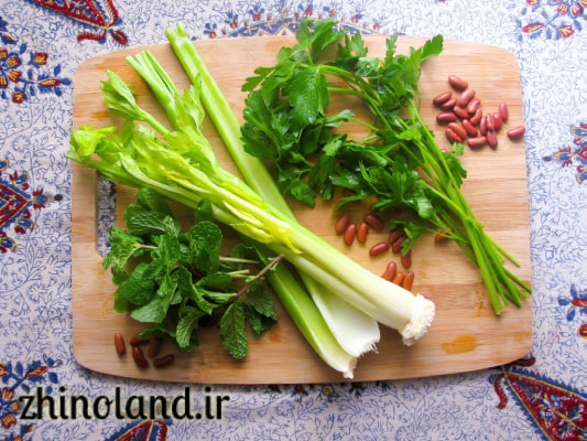 سبزی خورشت کرفس