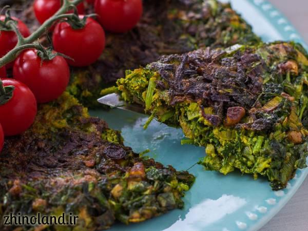 کوکو سبزی با سبزی خشک